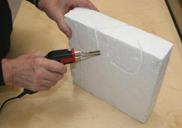 Чем резать пеноплекс в домашних условиях?
