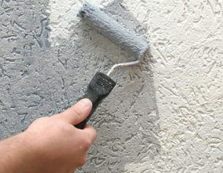 Нанесение шубы валиком на фасад