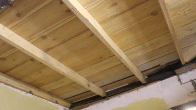 Утепление потолка на даче