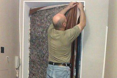 Чем утеплить входную дверь в квартиру?
